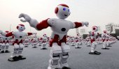 1,007 synchronized dancing robots just broke a world record
