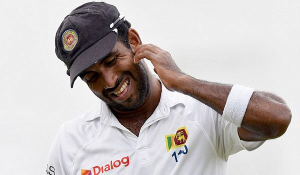 Dhammika Prasad made a horse with a broken leg!
