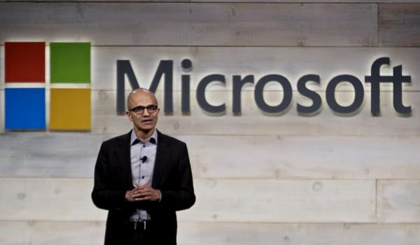 Microsoft sees shares hit record high