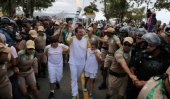 Protest mars Olympic torch Rio arrival ahead of ceremony