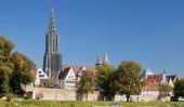 Pee problem eroding world's tallest church